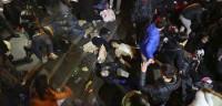 Estampida mortal en Shanghái por el lanzamiento de dinero falso