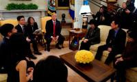 Trump se reúne con un grupo de desertores norcoreanos en la Casa Blanca