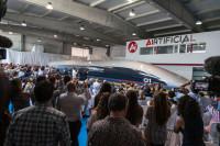 Hyperloop presenta la primera cápsula en tamaño real
