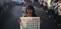 Padres de los 'normalistas' desaparecidos cargan contra el Gobierno