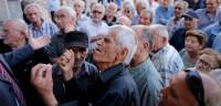 Los bancos griegos seguirán cerrados al menos hasta el miércoles