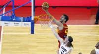 Los hermanos Gasol comandan un cómodo triunfo de España