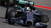 Hamilton recorta a Rosberg y Alonso se retira