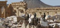Decenas de sirios comienzan a regresar a Palmira