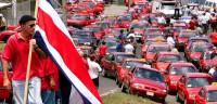 Los taxistas de Costa Rica, en huelga contra Uber