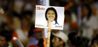 Fujimori gana las elecciones presidenciales en Perú