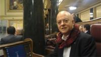 Odón Elorza rompe la disciplina del PSOE y se abstiene ante la ley de abdicación