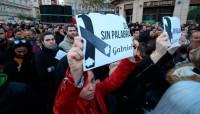 Miles de personas se concentran en memoria de Gabriel Cruz en Almería
