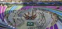 Brasil se abre al mundo en una austera ceremonia