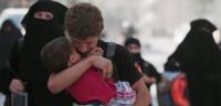 Miles de personas regresan a Manbij tras la expulsión de EI