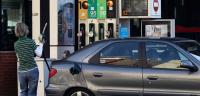 La luz y las gasolinas hunden el IPC hasta el -0,9% interanual