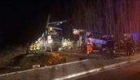 Mueren al menos cuatro adolescentes por el choque entre un tren y un autobús en Francia