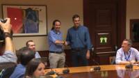 PSOE y Podemos acuerdan crear una mesa de colaboración parlamentaria