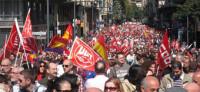 Los sindicatos anuncian nuevas movilizaciones tras el verano para