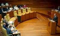 La moción de censura de Vara se rechaza tras la abstención de IU