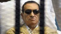 El expresidente de Egipto Mubarak está clínicamente muerto