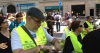 Un centenar de 'yayoflautas' piden en Barcelona llevar a Rato ante la justicia