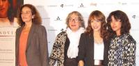 'La Novia' triunfa en unos premios Feroz gamberros y festivos