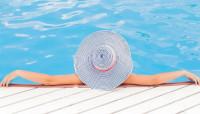 Detalles básicos para construir una piscina y aumentar el valor de la casa