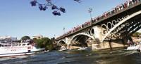 Sevilla se vuelca con sus campeones