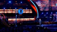 Enrique Iglesias triunfa en los Grammy Latino con 'Bailando'