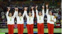 El conjunto español de rítmica se cuelga la plata y homenajea a las heroínas de Atlanta