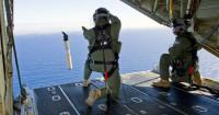 China localiza posibles restos del avión al sur del punto de contacto