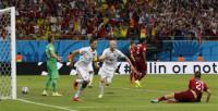 Portugal salva un empate que sabe a despedida