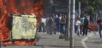 Enfrentamientos entre Policía y manifestantes albanokosovares
