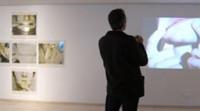 Un acercamiento a la obra de Bruce Nauman abre la apuesta del IVAM por ayudar a entender el arte contemporáneo