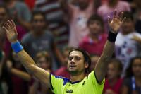 Ferrer supera con nota su debut ante Monfils