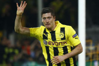 Lewandowski apaga al Madrid (4-1)