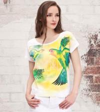 La moda tropical está en las calles