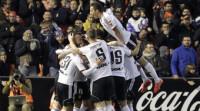 El Valencia se lleva el duelo por la 'Champions' ante un impotente Sevilla