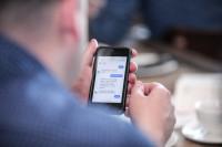 """Mejorar la experiencia de usuario y """"colarse"""" en las apps de mensajería, entre los principales objetivos de los chatbots"""