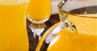 Consumir zumo de naranja ayuda a reducir los niveles de colesterol