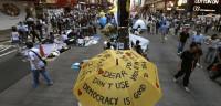 Los manifestantes de Hong Kong suspenden la votación inesperadamente