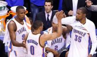 Westbrook se disfraza de Jordan para igualar la serie con los Spurs