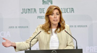 Susana Díaz adelanta para