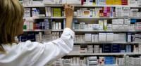 Mato propone a las CCAA excluir 456 medicamentos de la financiación pública