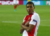 Mbappé jugará cedido en el PSG con opción de compra por 180 millones