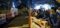 Cientos de manifestantes se atrincheran en el centro de Hong Kong
