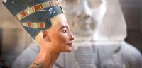 Egiptólogos podrían haber hallado la tumba de la reina Nefertiti