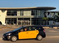 Un grupo de taxistas de Barcelona lanza un nuevo servicio personalizado para competir con Cabify y Uber