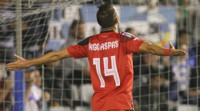 El Sevilla vapulea al Sabadell con triplete de Aspas