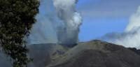 Costa Rica emite una alerta tras la erupción del volcán Turrialba