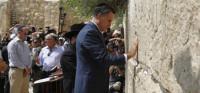 Romney cabrea a los palestinos por llamar a Jerusalén