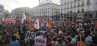 Miles de personas toman las calles para exigir una consulta