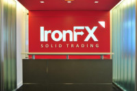 Cómo convertirte en Introducing Broker con IronFX