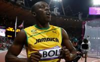 Bolt se lleva los 100 metros en su cita con la historia